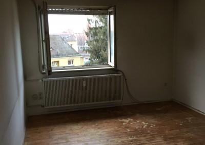 50 Jahre alten echten Holzdielenboden geschliffen und geölt in Landgrabenstraße 7, 90443 Nürnberg