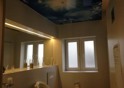 Wolkenhimmel Motiv ausgewählt, dann auf Hartschaumplatte gedruckt und malergerecht montiert bei Sanitär Heinze GmbH Freiligrathstraße 30, 90482 Nürnberg